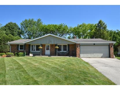 15400 W Linfield Ln  New Berlin, WI MLS# 1691561