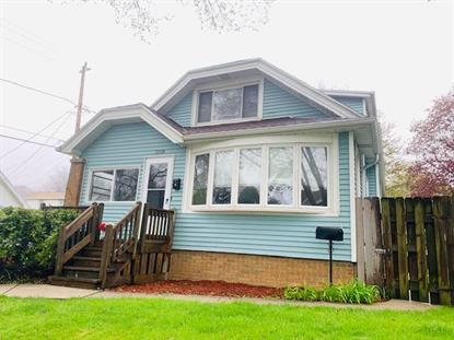 3118 S Hanson Ave  Milwaukee, WI MLS# 1693732