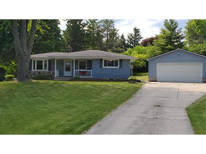 21501 W Woodland Dr  New Berlin, WI MLS# 1694628