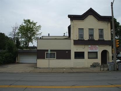 2037 W National Ave  Milwaukee, WI MLS# 1695135