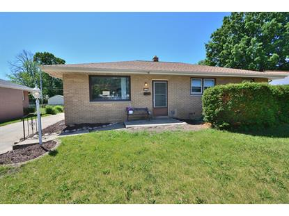 8139 W Sunbury Ct  Milwaukee, WI MLS# 1695155