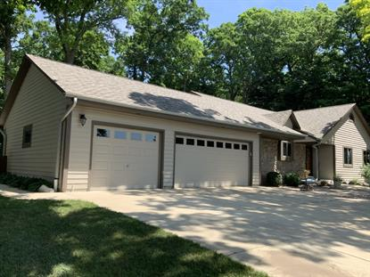 224 W Summerhill Pl  Oak Creek, WI MLS# 1695170