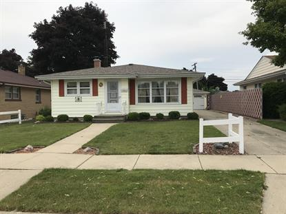 2109 24th St  Kenosha, WI MLS# 1695234