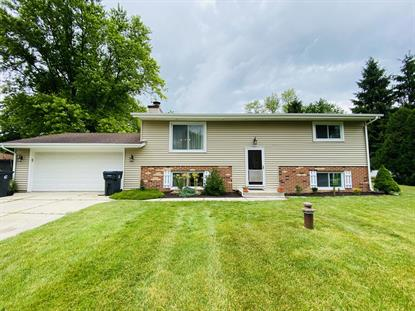 5475 S Majors Dr  New Berlin, WI MLS# 1695298