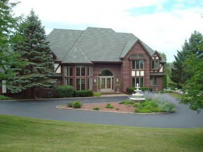 7053 Alpine Dr  West Bend, WI MLS# 1695735