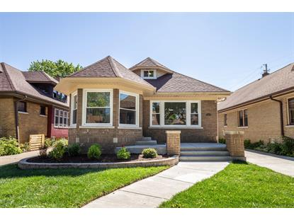 2326 N 62nd St  Wauwatosa, WI MLS# 1695809