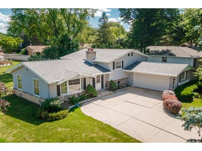 11923 W Lakefield Dr  West Allis, WI MLS# 1695992