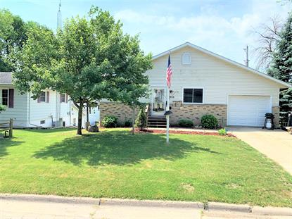 905 Caswell St  Fort Atkinson, WI MLS# 1696234