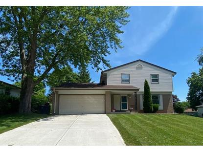 7528 S Chapel Dr  Oak Creek, WI MLS# 1696357