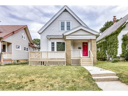 3015 N Oakland Ave  Milwaukee, WI MLS# 1696585