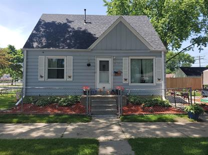 3753 N Willis Pl  Milwaukee, WI MLS# 1696611