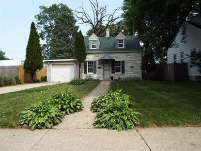 5617 40th AVE  Kenosha, WI MLS# 1696618