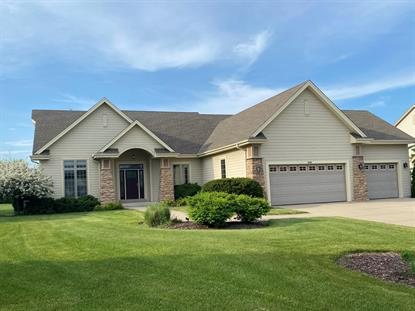 6648 W River Pointe DR  Franklin, WI MLS# 1697250