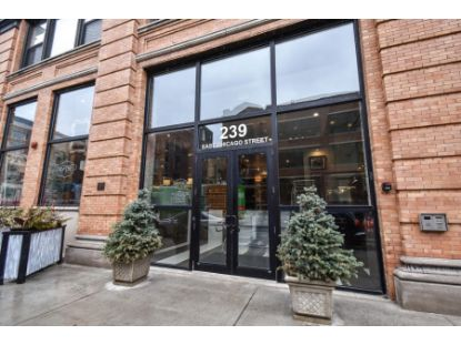 239 E Chicago St  Milwaukee, WI MLS# 1697289