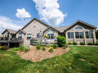 1003 Ann Marie Way  Oconomowoc, WI MLS# 1697353