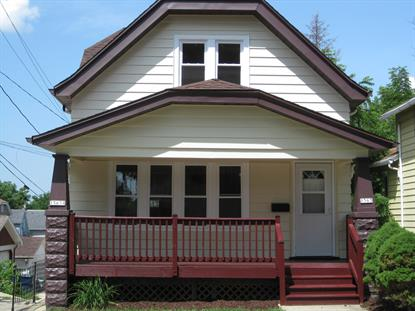 1563 S 33rd St  Milwaukee, WI MLS# 1697608