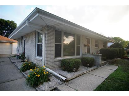 9529 W Kaul Ave  Milwaukee, WI MLS# 1698039