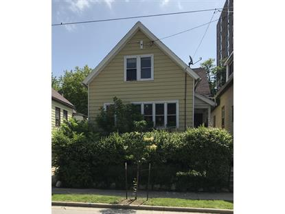 1846 N Warren Ave  Milwaukee, WI MLS# 1698344