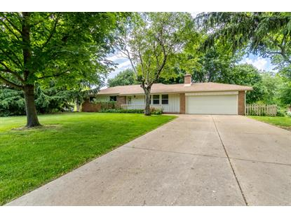21220 Candlewood Dr  Waukesha, WI MLS# 1698388