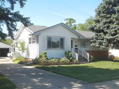 8011 W Brentwood Ave  Milwaukee, WI MLS# 1698703