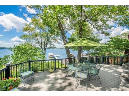 461 Park Ave  Pewaukee, WI MLS# 1698813