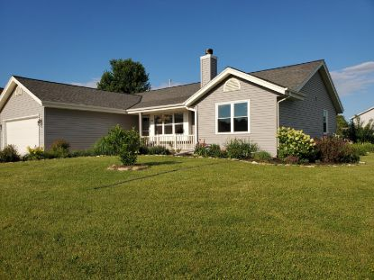 124 Small Farm Rd  Mukwonago, WI MLS# 1699113
