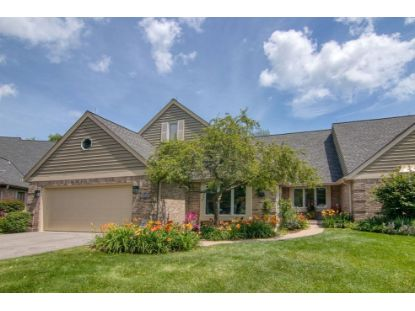 12616 N Lake Forest Ct  Mequon, WI MLS# 1699236