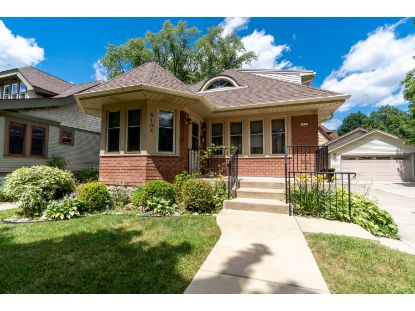 8108 Hillcrest Dr  Wauwatosa, WI MLS# 1699455