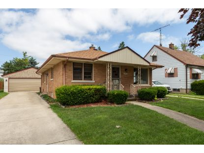 1820 28th St  Kenosha, WI MLS# 1699484