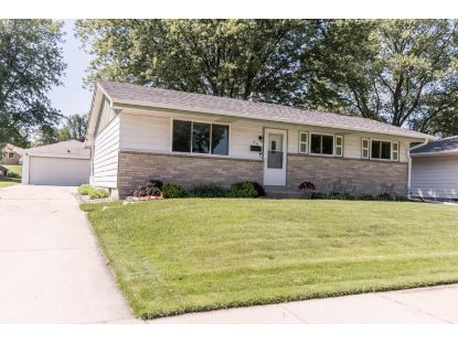 1535 W Wanda Ave  Milwaukee, WI MLS# 1699580