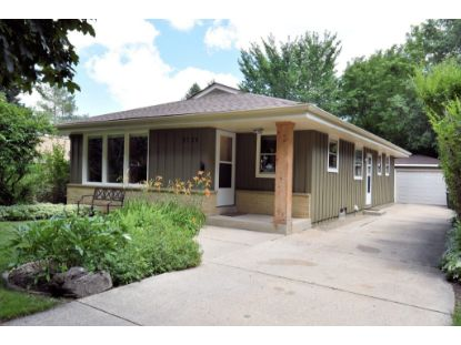 2526 N 114th St  Wauwatosa, WI MLS# 1699716