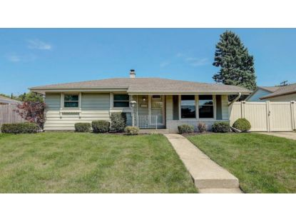 1821 18th Ave  Kenosha, WI MLS# 1699730