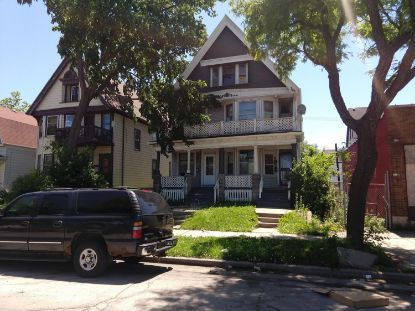 3421 W Clybourn St  Milwaukee, WI MLS# 1699911