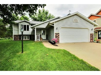 929 Sunset Pl  Onalaska, WI MLS# 1700243