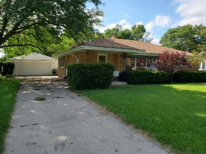 4451 N 99th St  Wauwatosa, WI MLS# 1700630