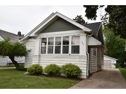 7331 26th Ave  Kenosha, WI MLS# 1700748