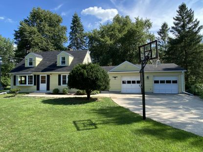 18255 Bolter Ln  Brookfield, WI MLS# 1700788