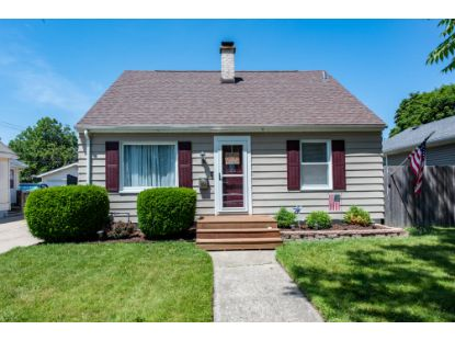 1806 29th St  Kenosha, WI MLS# 1700955