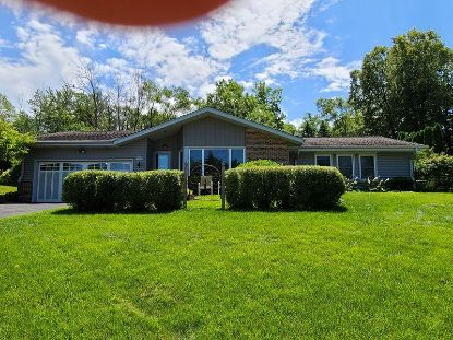 N82W15805 Valley View Dr  Menomonee Falls, WI MLS# 1701174