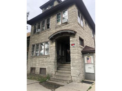 815 S 22nd St  Milwaukee, WI MLS# 1701200