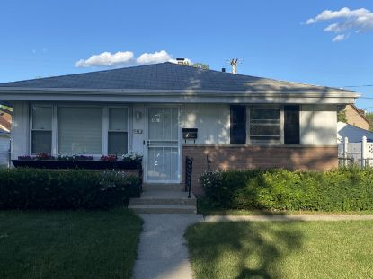 5412 N 19th St  Milwaukee, WI MLS# 1701522