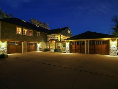 12138 N River Rd  Mequon, WI MLS# 1701615
