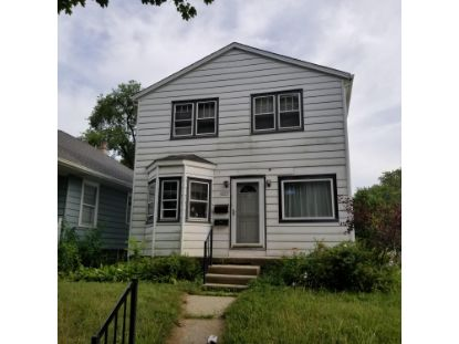 2039 E Holt Ave  Milwaukee, WI MLS# 1701693
