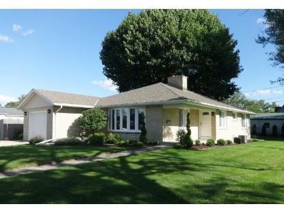 515 Aber Dr  Waterford, WI MLS# 1702245