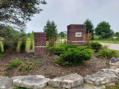 12875 N Highgate Ct (Lot #3)  Mequon, WI MLS# 1702381