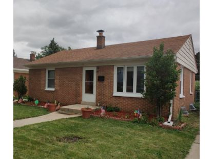 4833 W Fillmore Dr  Milwaukee, WI MLS# 1702433