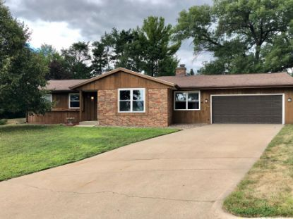 1215 Fairfield PL  Onalaska, WI MLS# 1702562