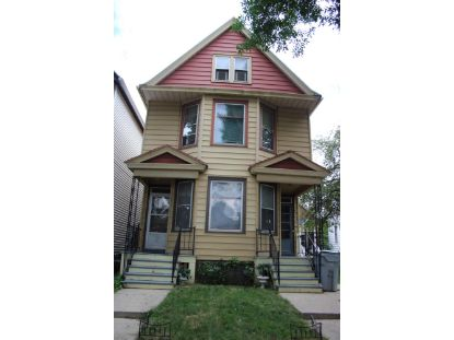 914 S 21st St  Milwaukee, WI MLS# 1702570