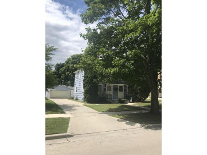 1234/1236 N 9th St  Manitowoc, WI MLS# 1702586