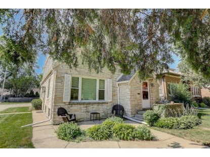 8401 W North Ave  Wauwatosa, WI MLS# 1702775